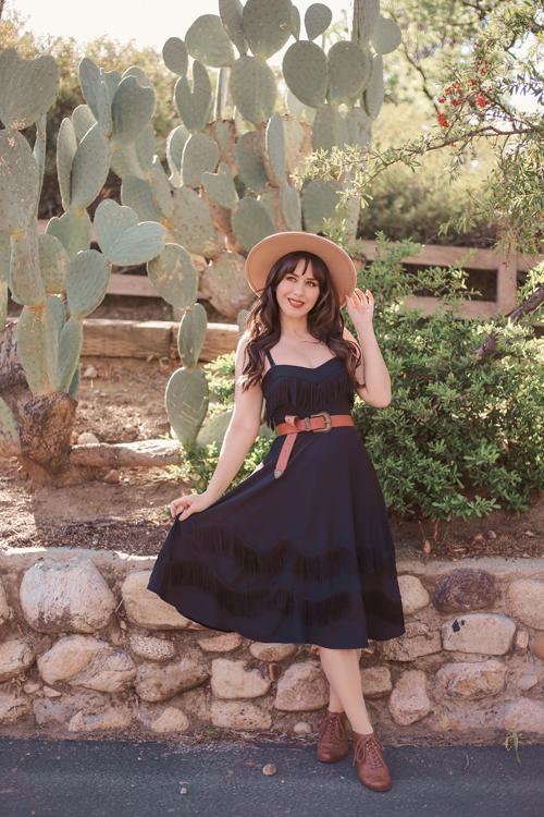 UV_Dress_2