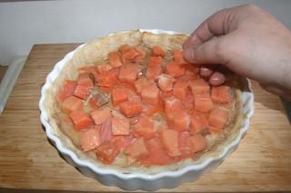 21 - Add salmon & smoked salmon / Lachs & Räucherlachs einlegen