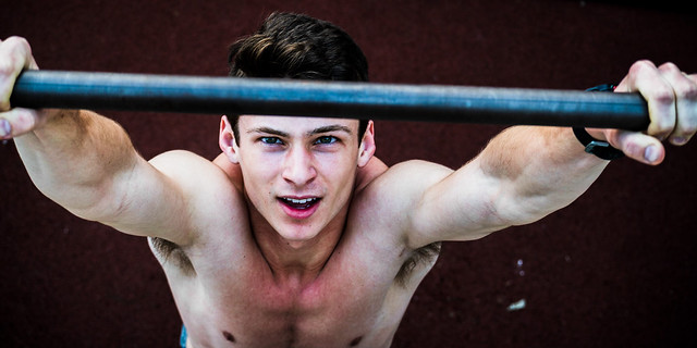 12 Pitchers of A Really Cool College Guy Doing Pull-ups, in Color