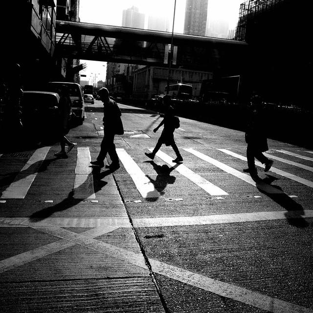 城市中的光與影