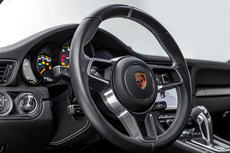 Porsche-911-GT3-RS (6)
