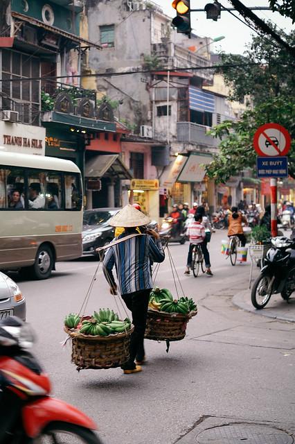 Fruit carrier, Hanoi (Vietnam)