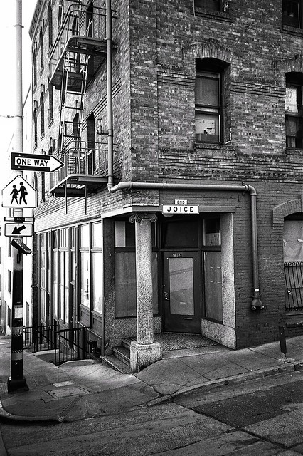 Joice, Alleys of Chinatown