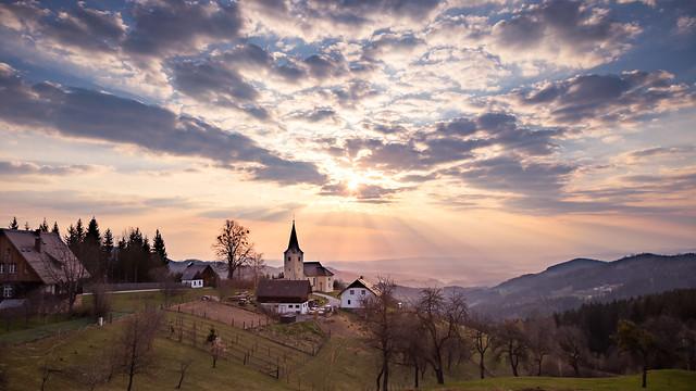 Morgensonne mit Wolken