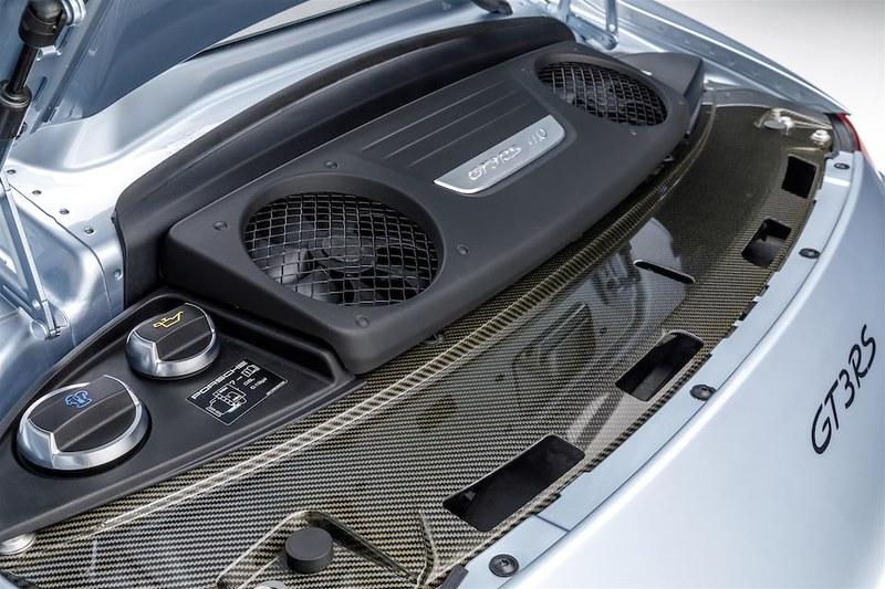 Porsche-911-GT3-RS (4)