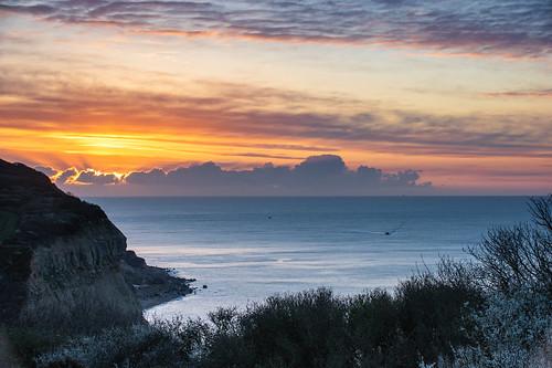 hastingscountrypark eastsussex fishingboats englishchannel sky sunrise sunup dawn daybreak pentaxart
