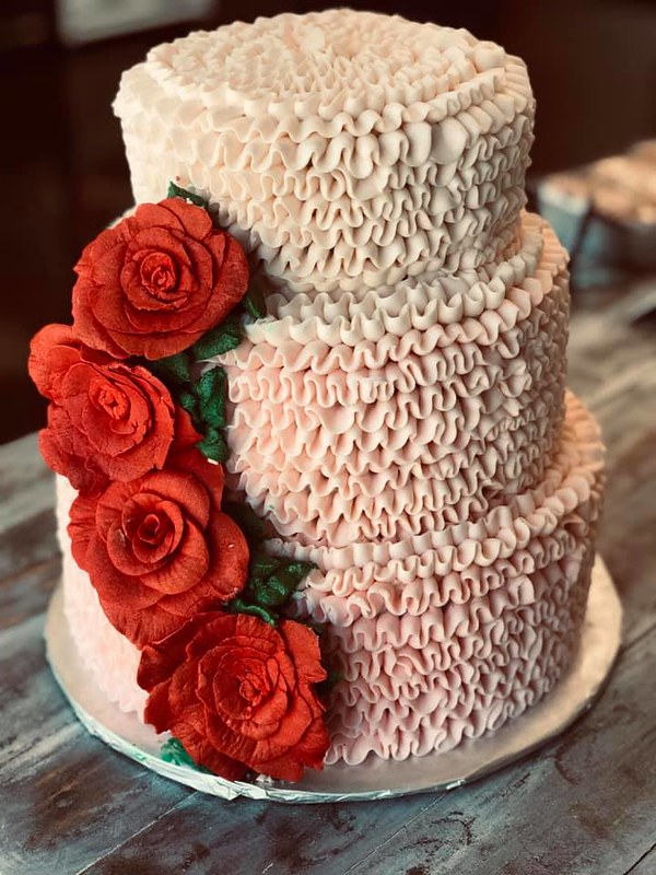 Cake by Kati Kakes