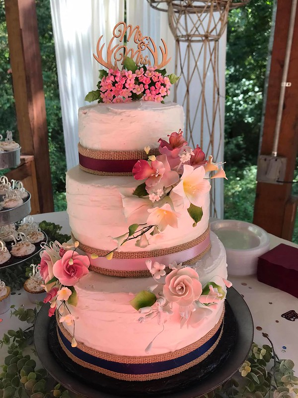 Cake by Dessert Creations