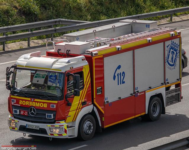 Mercedes Atego AP-21 (Apeos 1714) perteneciente a los Bomberos de Madrid y ubicado en el parque 2 (Ventas) .