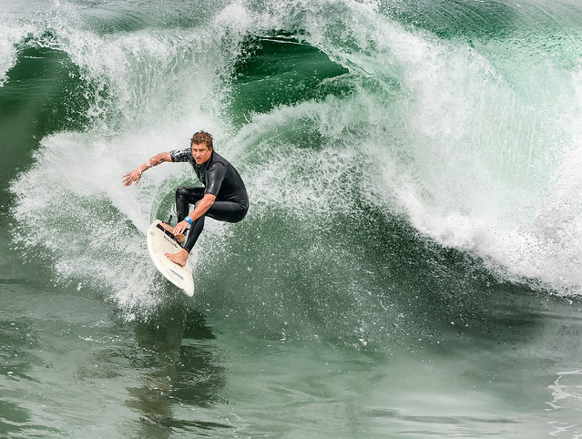 The Surfer - Explore