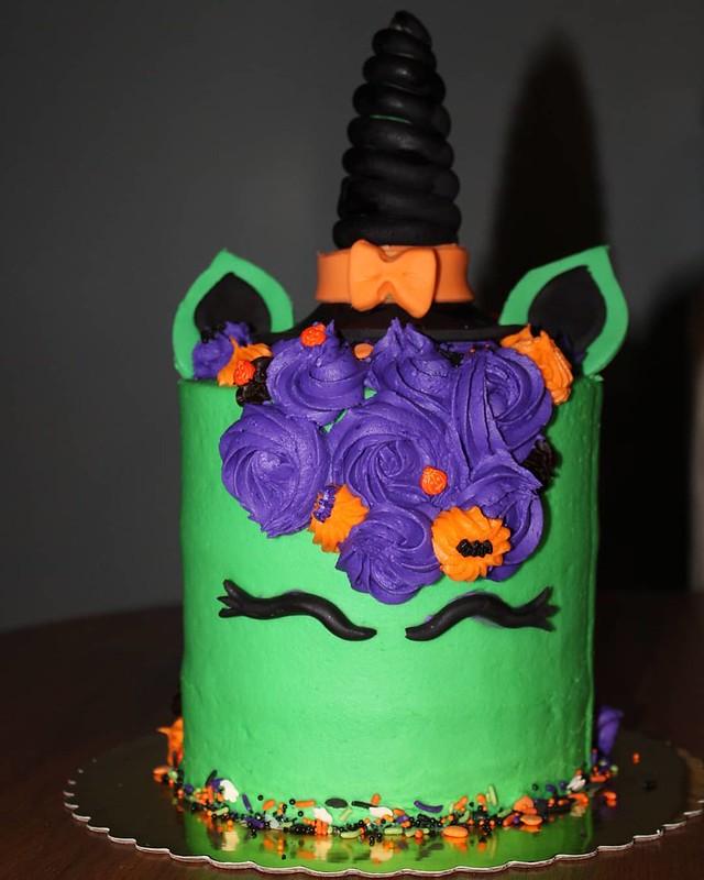 Cake by Chloe's Sweet Treats