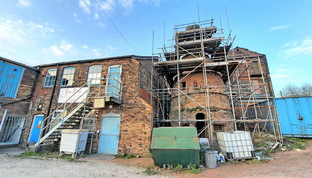 Derelict Pottery Kiln Repairs (1)