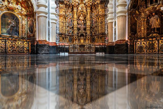 Baroque symmetry - Simetría barroca