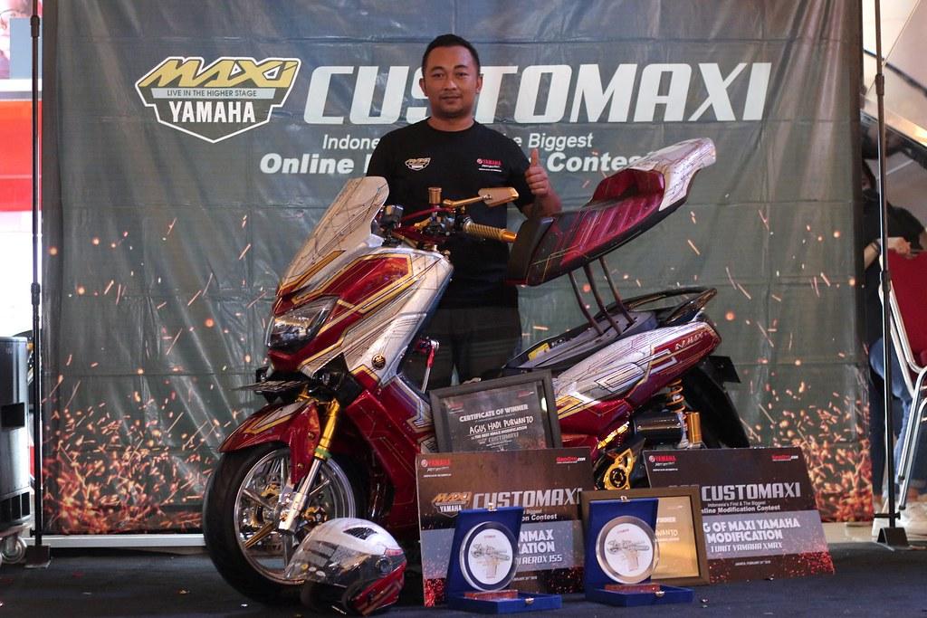The Best Nmax Modification & King of MAXI Yamaha Modification - CustoMAXI 2017 (Agus Hadi Purwanto)