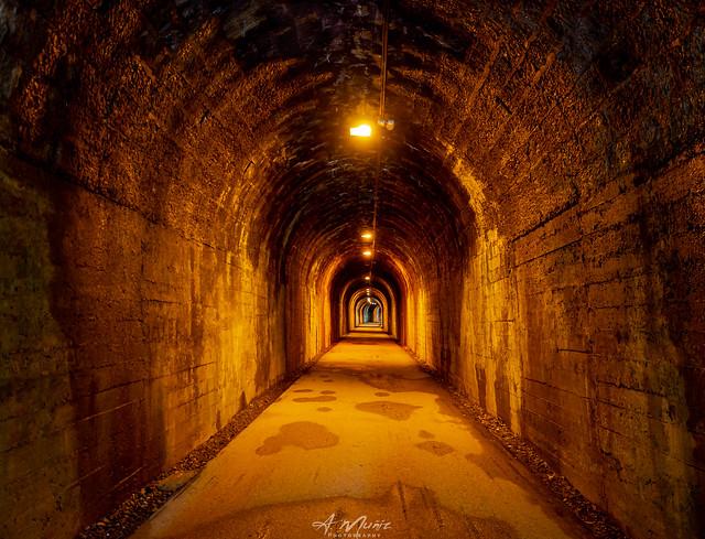 Tunel minero