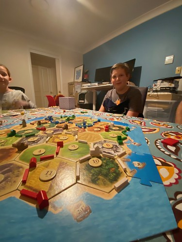 puff victorious at Catan