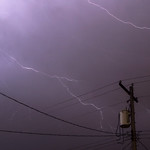 5. Aprill 2021 - 23:53 - A few bolts of lightning strike over power lines in a south Minneapolis alley last night