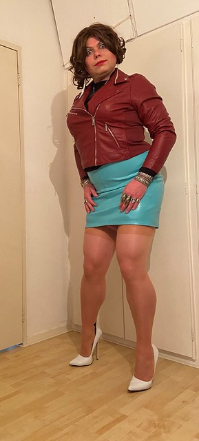 turquoise n' red