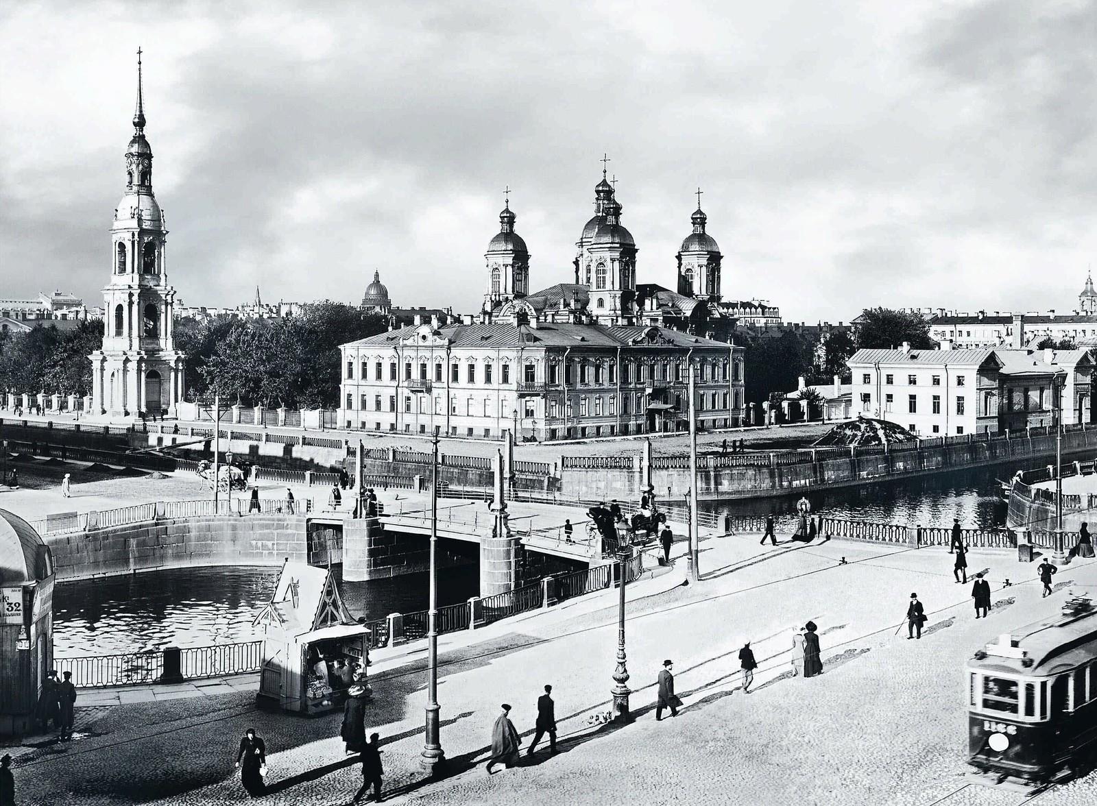 20. 1913. Вид со стороны Садовой улицы на Николо-Богоявленский монастырь