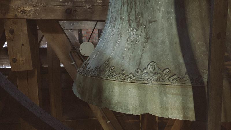 klok / Onze-Lieve-Vrouwekerk Zonnebeke