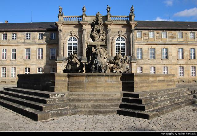 Neues Schloss & Markgrafenbrunnen, Bayreuth, Germany