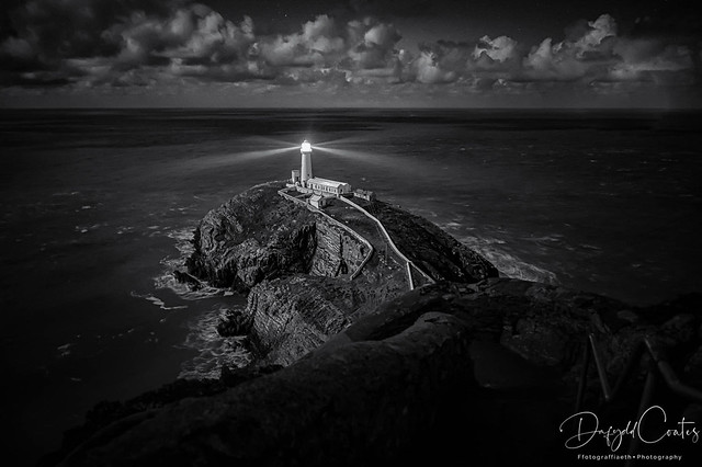 Ynys Lawd/South Stack