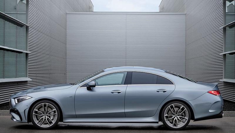 Mercedes-Benz-CLS- (8)