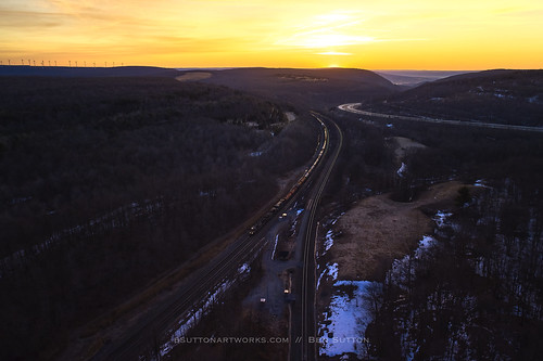 nspittsburghline ns norfolksouthern drone dronephoto dji djimavic2pro sunrise overlook westslope trains railroad