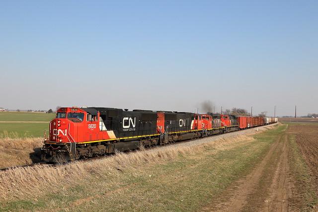 CN 5620 west in Genoa, Illinois on April 3, 2021.