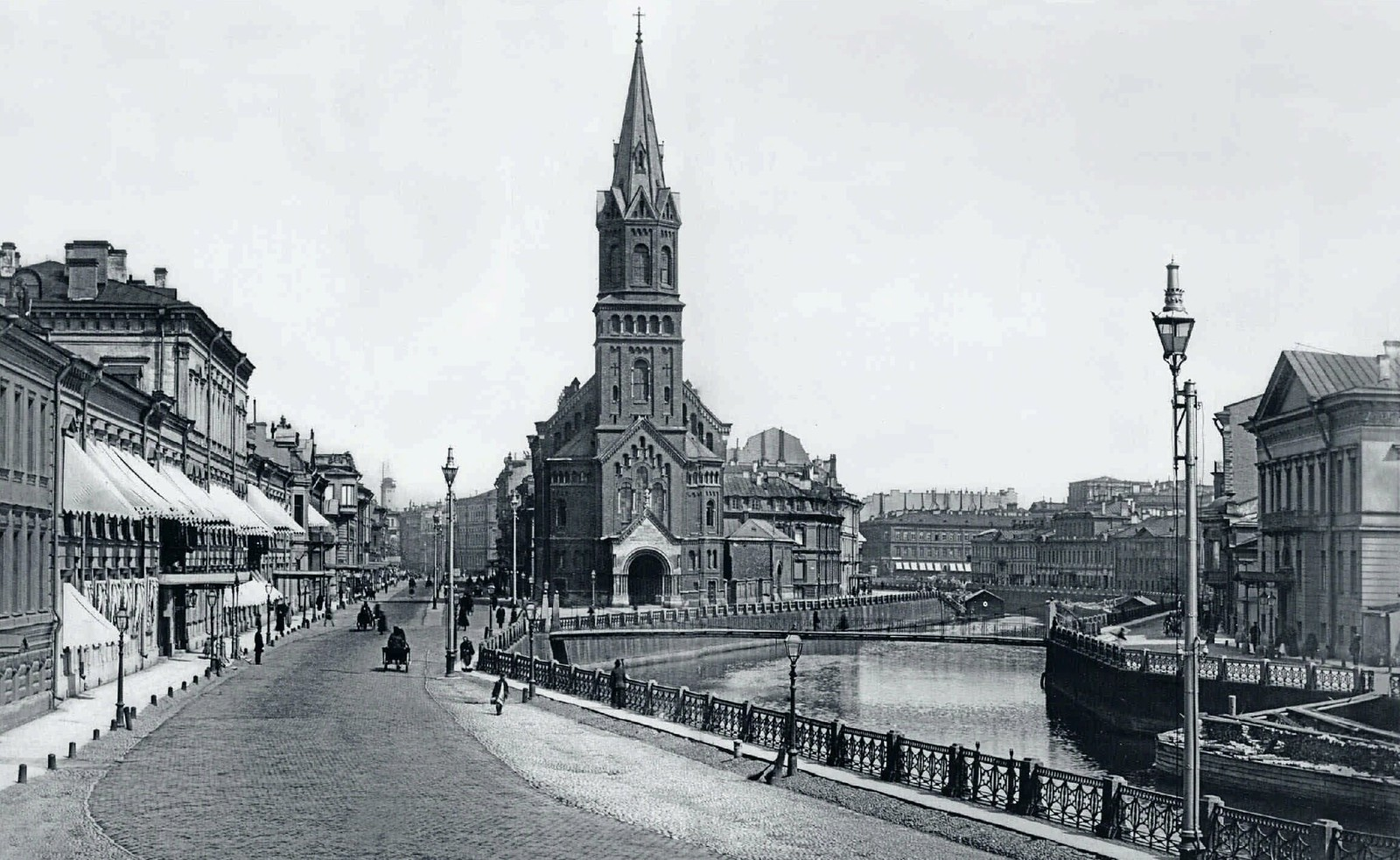 18. 1910-е. Река Мойка. Немецкая реформатская церковь