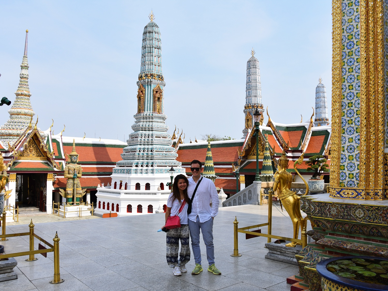 Wat Phra Kaew leftbanked despacito