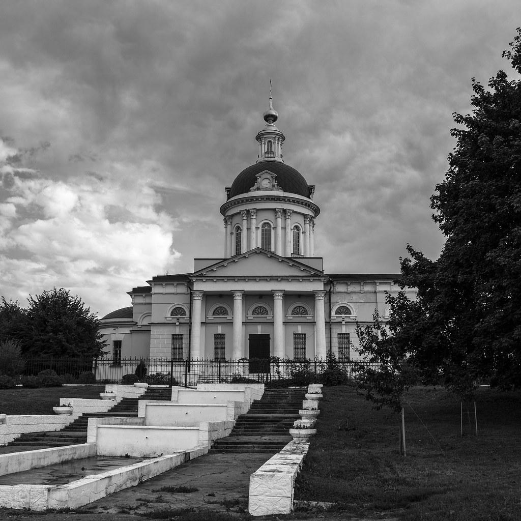 Михаило-Архангельский храм.