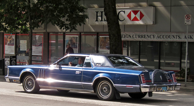 Lincoln Continental Town Coupe