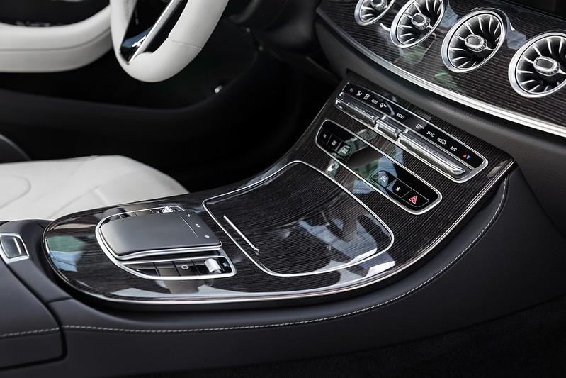 Mercedes-Benz-CLS- (5)