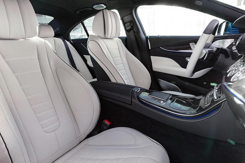 Mercedes-Benz-CLS- (6)