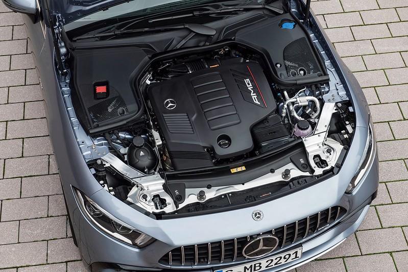 Mercedes-Benz-CLS- (12)