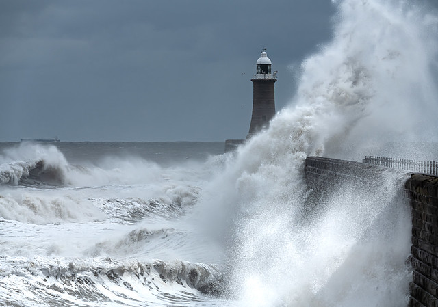 Tynemouth Pier at high tide
