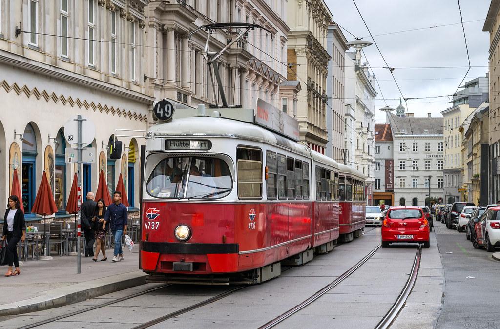 Vienna tramway: E1 # 4737