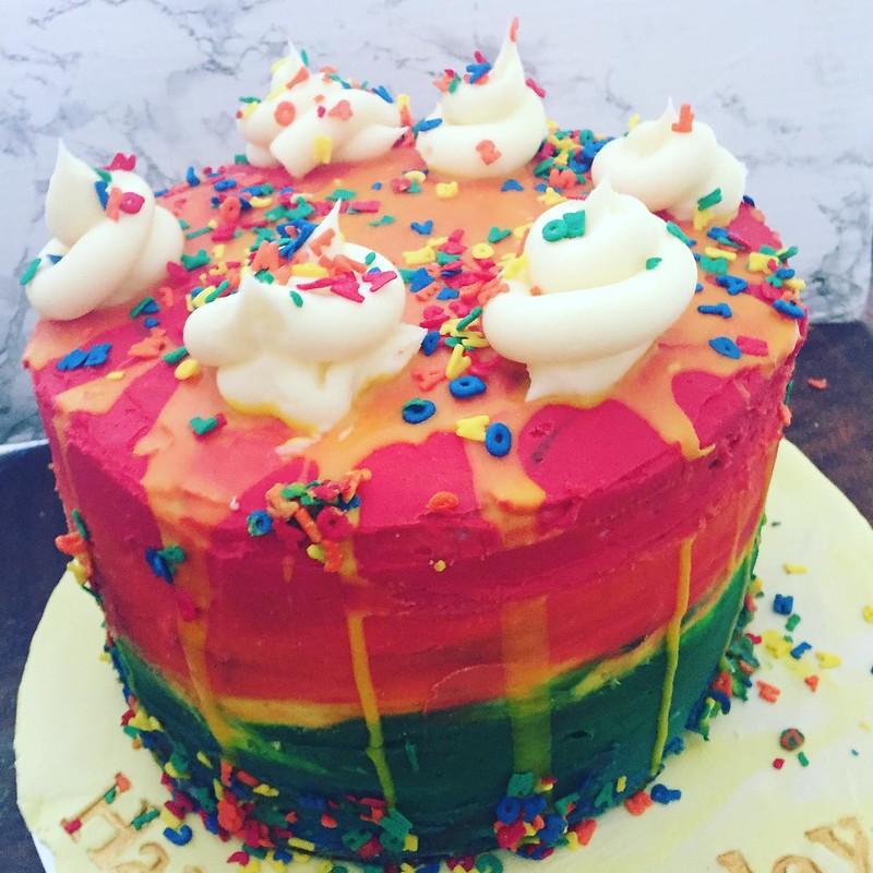 Cake by Jasmine Bakes Cakes