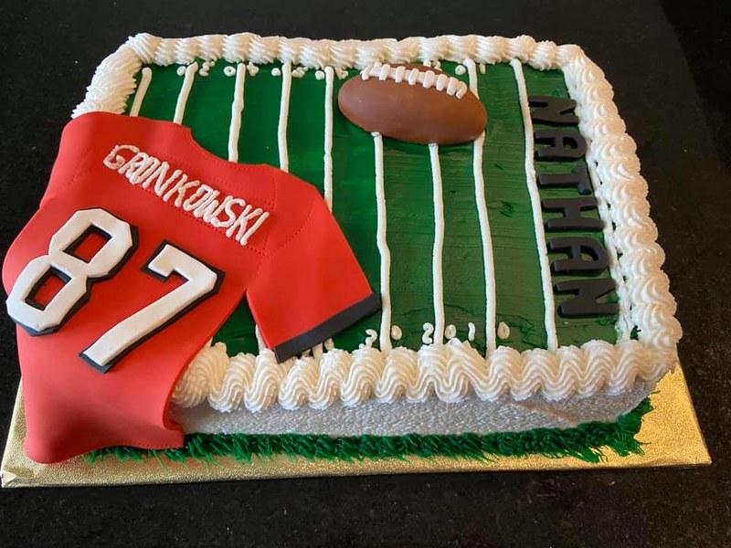 Cake by Bella Sloane Cakes