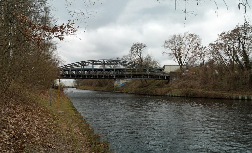 Berlin Teltowkanal Brücke 7.4.2021 Panorama
