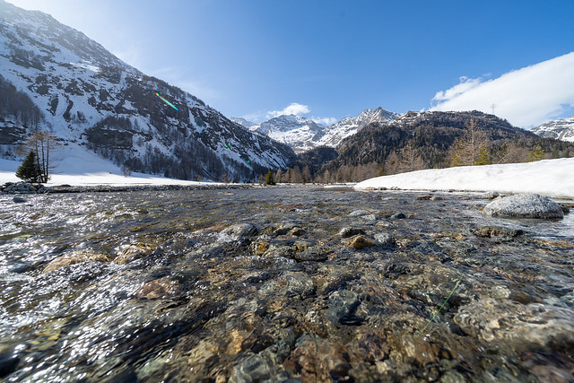 1000 metres: Cavagliasch still lined with snow (1/3)