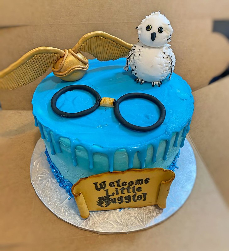 Cake by Isley's Piesleys