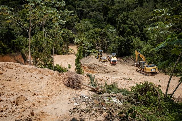 07.04.21 - Obras de contenção de erosão no Conjunto Lula devem ser finalizadas nos próximos 15 dias