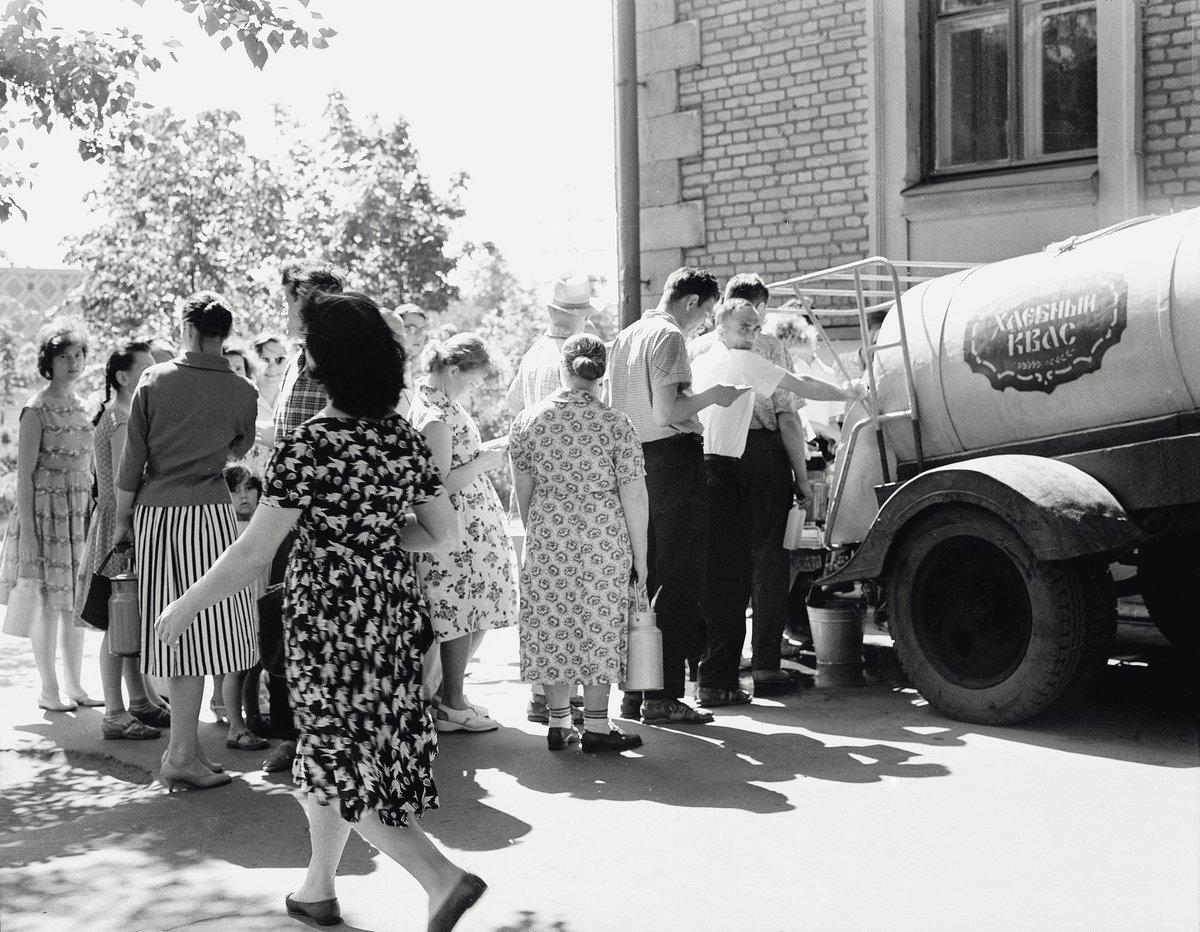 1950-е. В Москве жарко