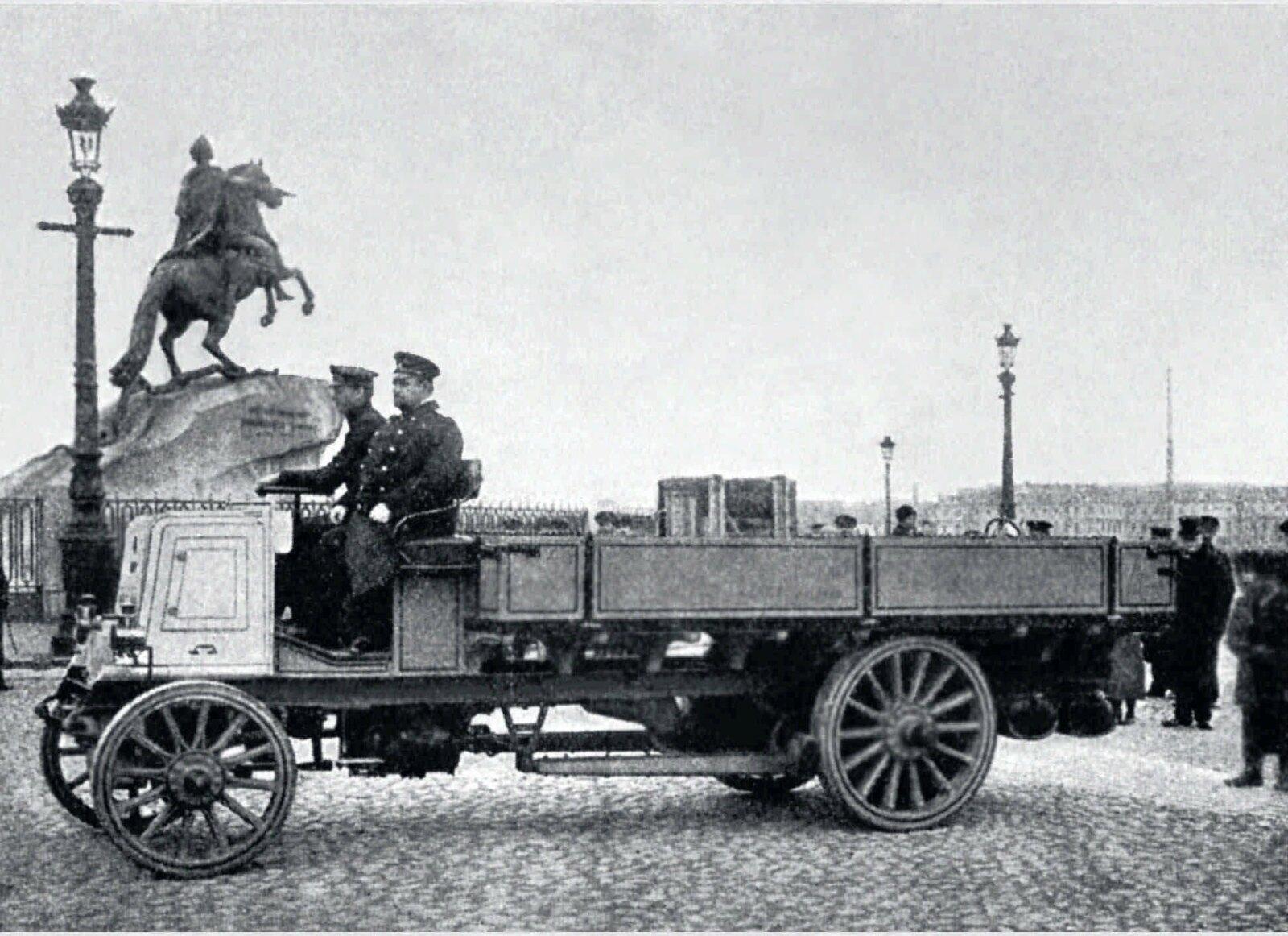 28. 1901. Моторная телега (изобретение инженера Б.Г.Луцкого, принадлежащая Морским Ижорским заводам