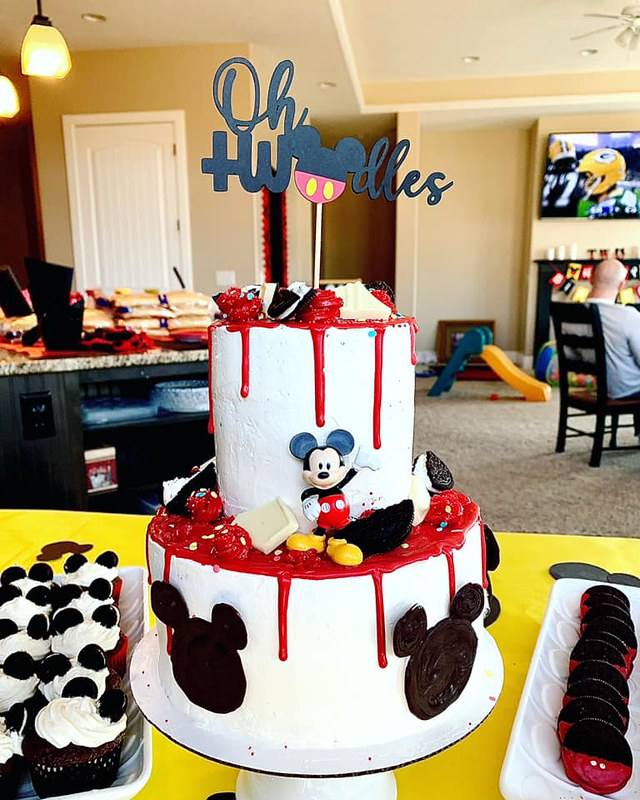Cake by Jaycee's Pastries