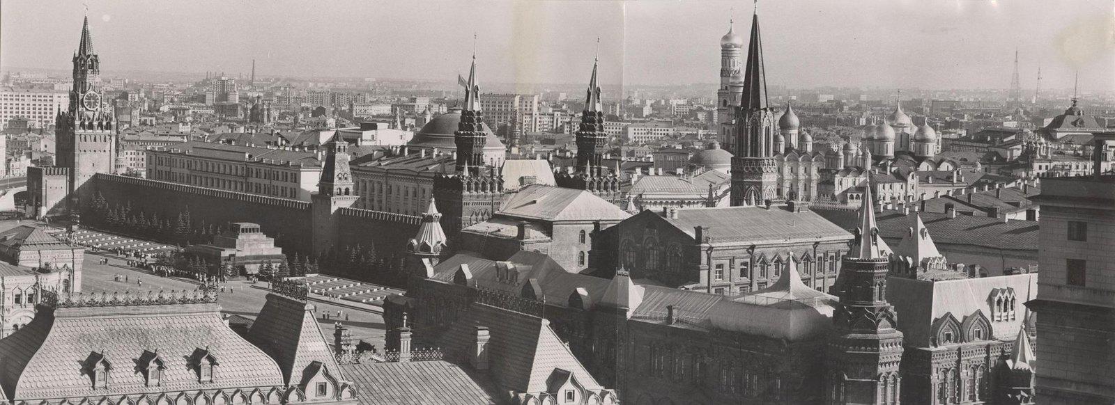 1960. Панорамный вид на Кремль. Июнь