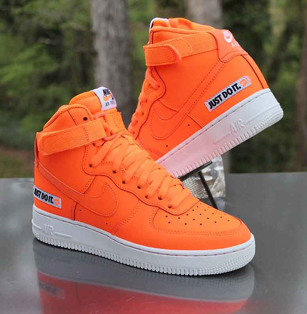 Nike Air Force 1 High LV8 Size 7Y Just Do It Total Orange AV7951-800