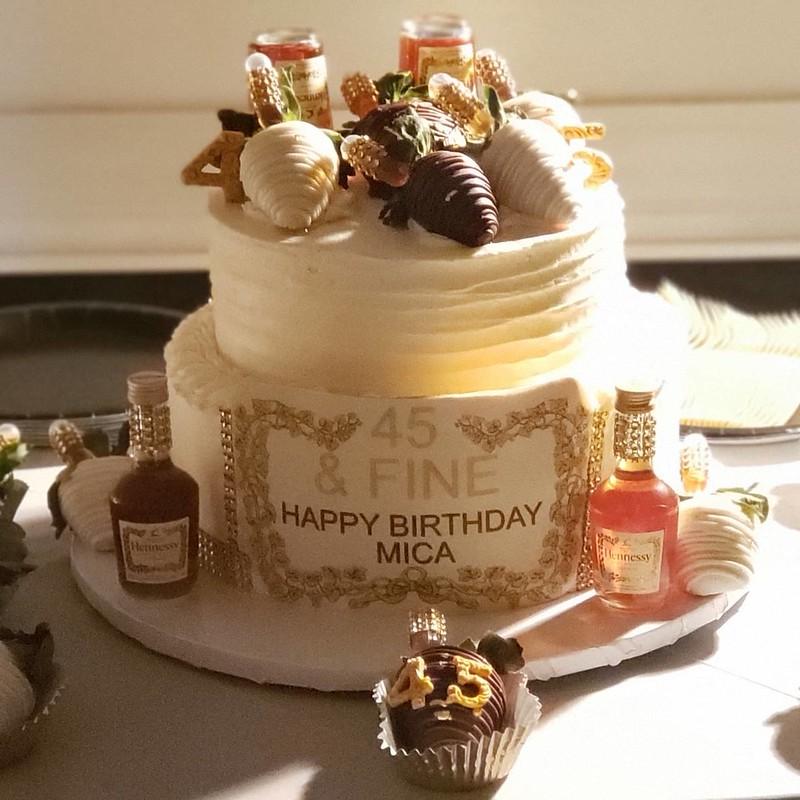 Cake by Kema's Kakes